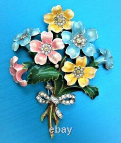 COLLECTORS' 1940s CROWN TRIFARI ALFRED PHILIPPE ENAMEL FLOWER BOUQUET FUR CLIP