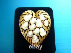 Crown Trifari Alfred Philippe Goldtone Heart Opaque Molded Glass Acorns Brooch