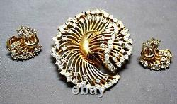 Crown Trifari Alfred Philippe Swirled Dimensional Flower Brooch & Earrings