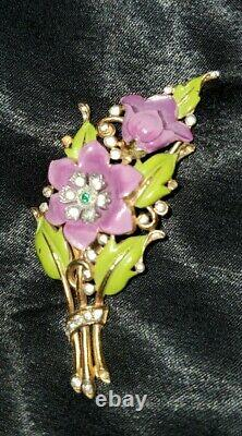 Signed Crown Trifari Alfred Philippe Enamel Purple Flower Fur Scarf Clip Brooch