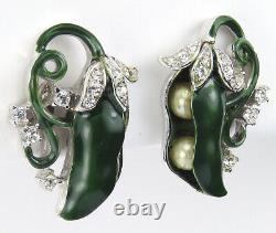 Trifari'Alfred Philippe' Green Enamel and Pearls Peas in the Pod Clip Earrings