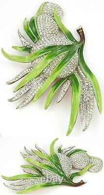 Trifari'Alfred Philippe' Pave and Enamel Giant Circular Fruits and Leaves Pin