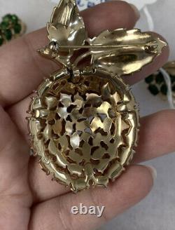 Trifari brooch & earrings Set Vintage Alfred Philippe Green Rhinestone Apple Pin