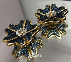 Vintage Alfred Philippe TRIFARI Blue Invisibly Set Flower Fur Clip Set of 2