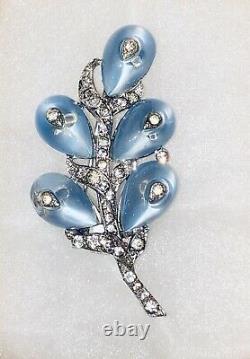 Vintage CROWN TRIFARI ALFRED PHILIPPE BLUE FRUIT SALAD FUR CLIP RHINESTONES/RARE