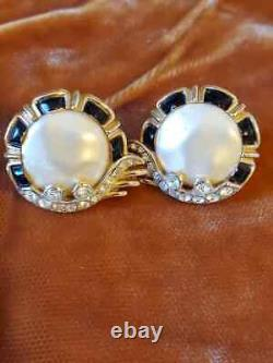 Vintage Signed Trifari Alfred Philippe Crown Crystal Faux Pearl