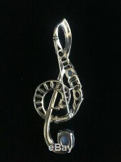 Vintage Trifari Treble Clef pin 1941 Alfred Philippe Design 125,824
